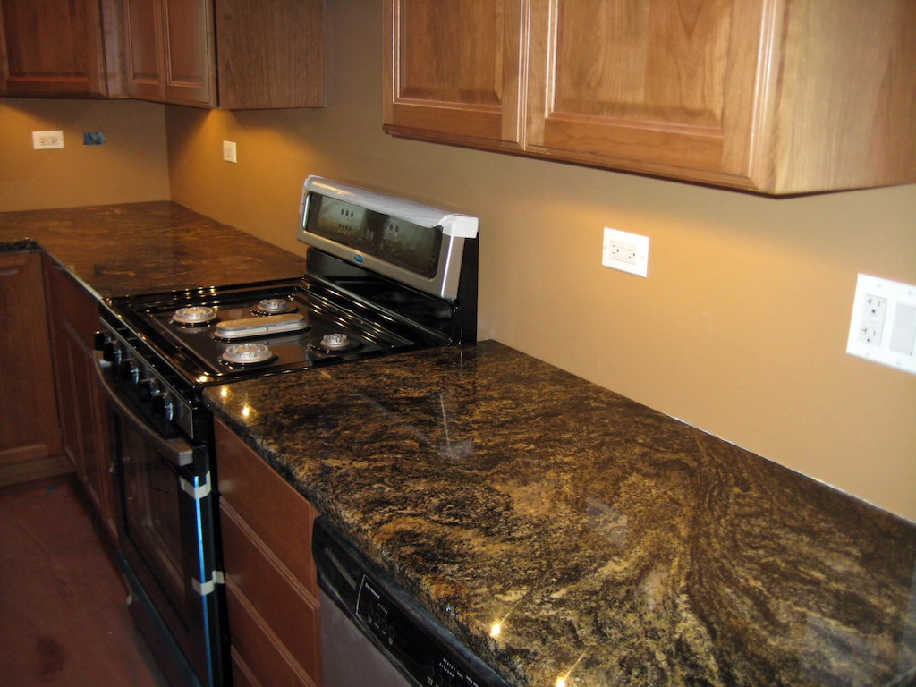 Kitchen granite countertops photo gallery granite design for Kitchen granite countertops colors
